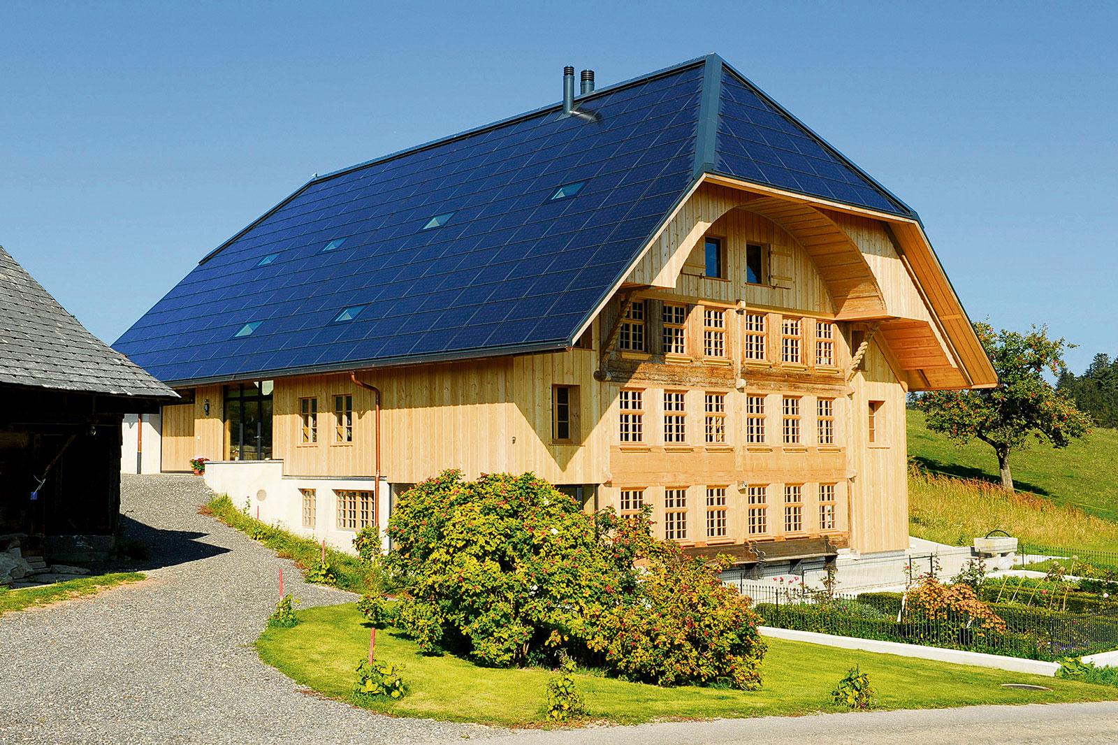 denkmalgesch tztes emmentaler haus gewinnt europ ischen solarpreis der unter emmentaler. Black Bedroom Furniture Sets. Home Design Ideas